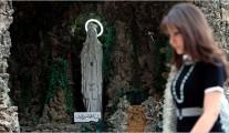 Christian behind Mariam